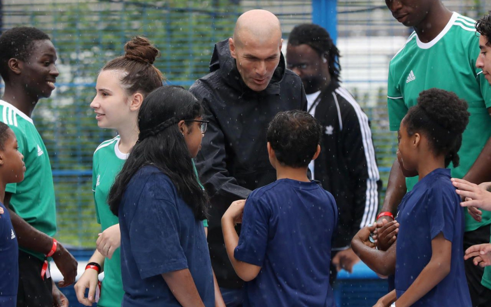 signature zidane playground saint-denis